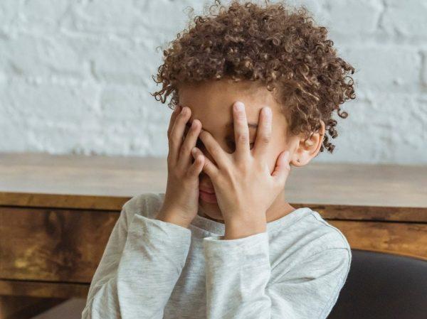 Overwhelmed-Child-Big-Feelings